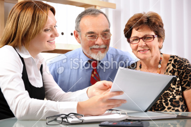 istockphoto_13404571-meeting